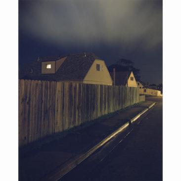 La Galerie Particulière D3  Todd Hido 2152 - Photographie C-Print - 96,5 x76,2 - 5 Editions - 1998 - 50% reversés à Dessine l'Espoir en cas de vente sur la foire.