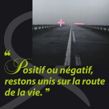 Affiches, + ou – Français